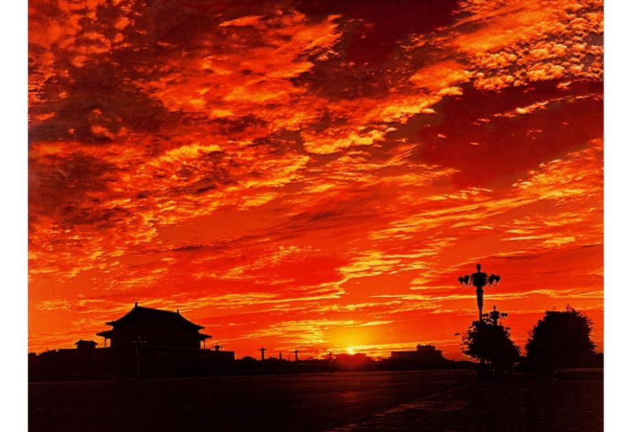 961年12月,袁毅平的获奖作品《东方红》。