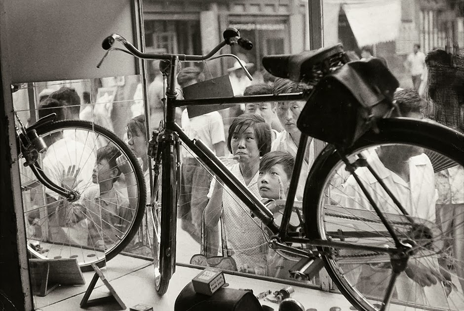 Henri Cartier-Bresson Magnum, Courtesy Fondation Henri Cartier-Bresson – Pekin 1958