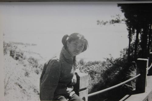 1977.05.01-西山盘山边-IMG_8928