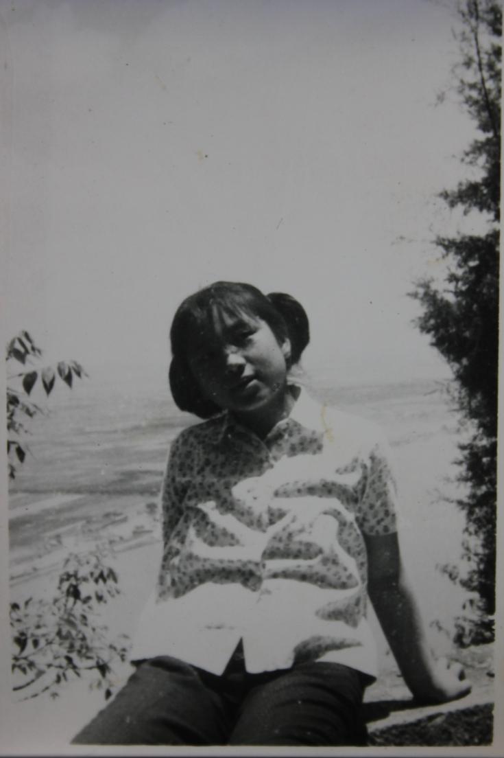 1977.05.01-西山盘山边-IMG_8931