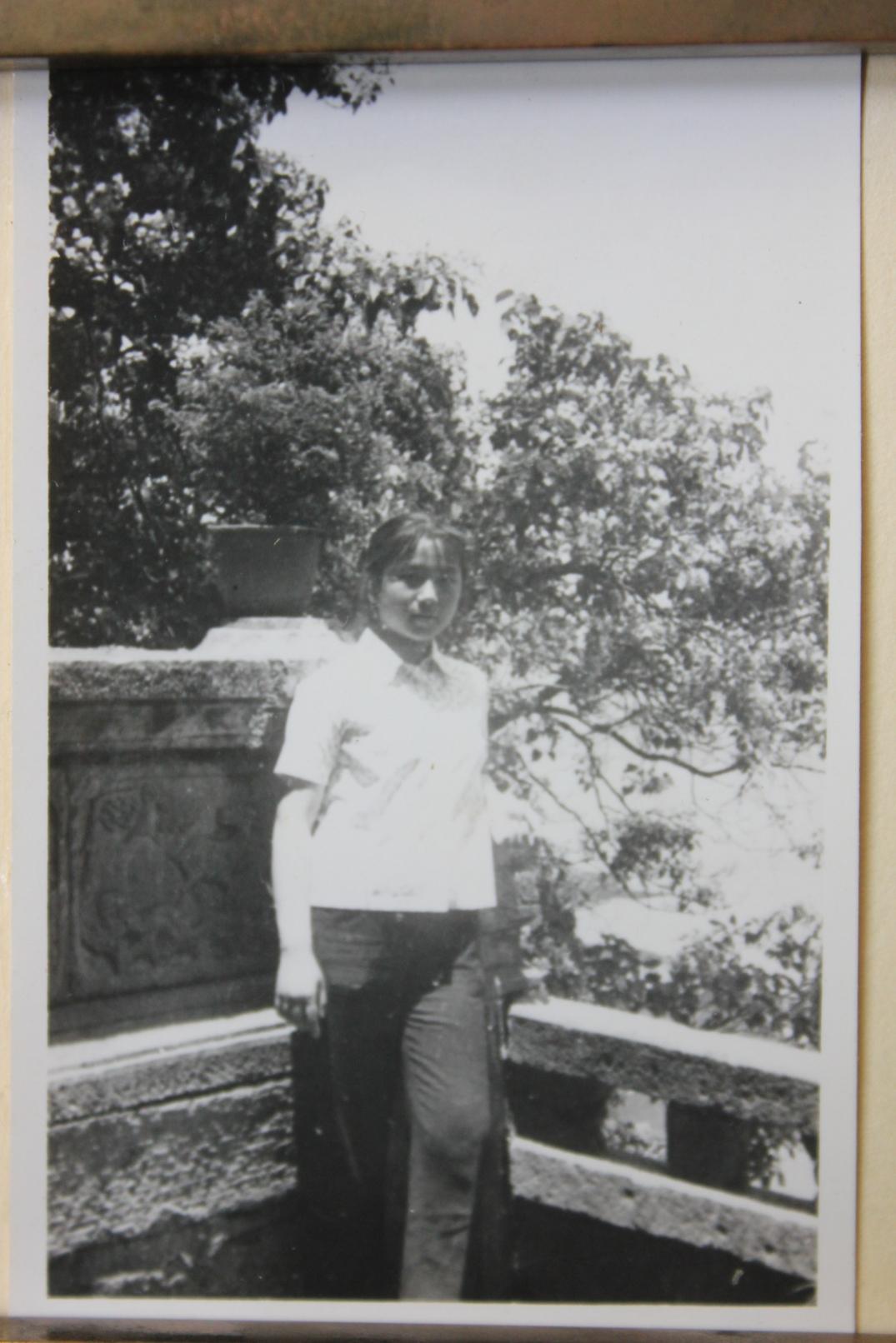 1977.05.01-西山龙门-IMG_8929