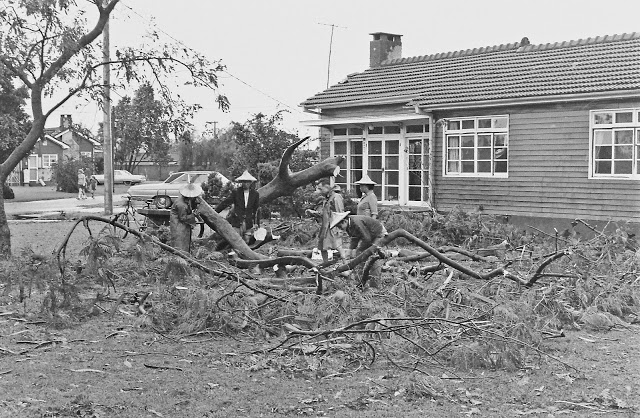 pict0426-1969-typhoon-damage-20-house-1