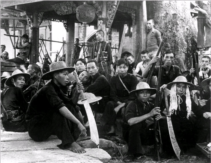chinese-guerillas-chinese-guerillas-who-are-fighting-against-the-japanese-armed-with-big-swords-as-well-as-rifles-rest-near-canton-everett-collection
