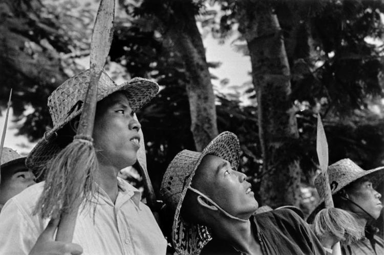 chinese-militia-canton-1938-robert-cappa-detail