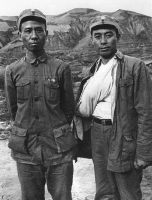 1939_Liu_Shaoqi_and_Zhou_Enlai
