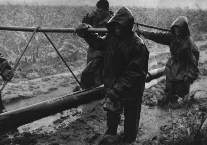 1966-07_1966年大庆油田会战