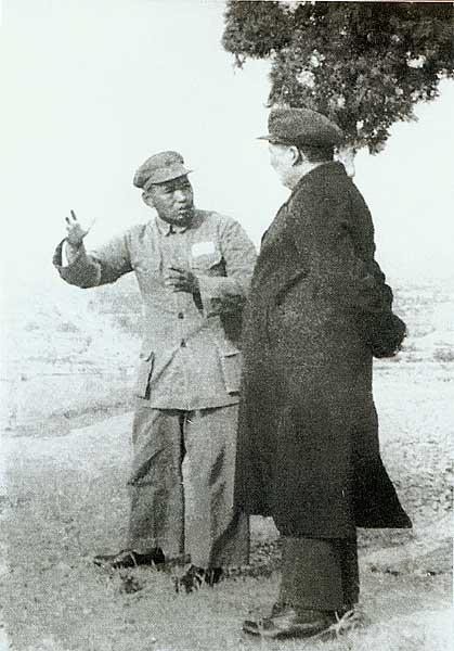 1952_maozedong_and_xu_shiyou